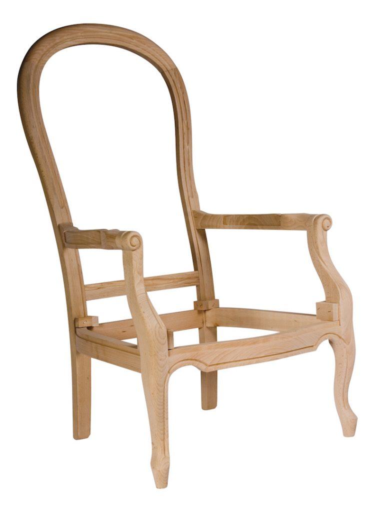 bois du Dans les années 1800, l'érable et le cerisier sont apparus assez souvent dans la fabrication de meubles raffinés.