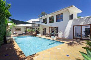 La piscine, un plus dans une vente immobilière