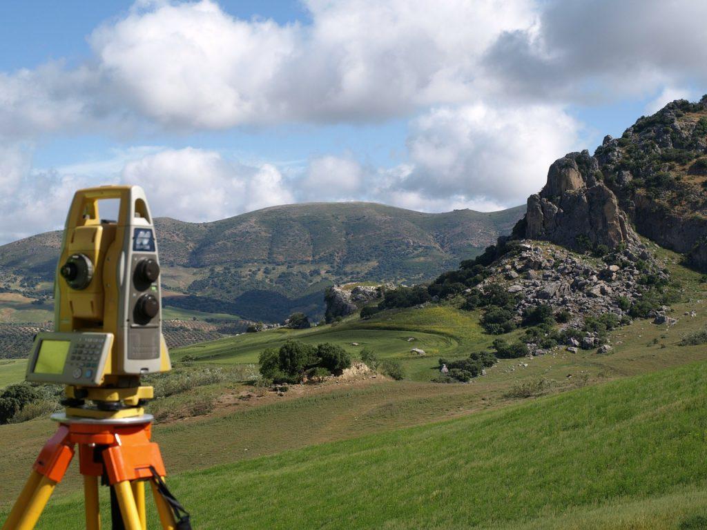 Appareil de topographie de précision
