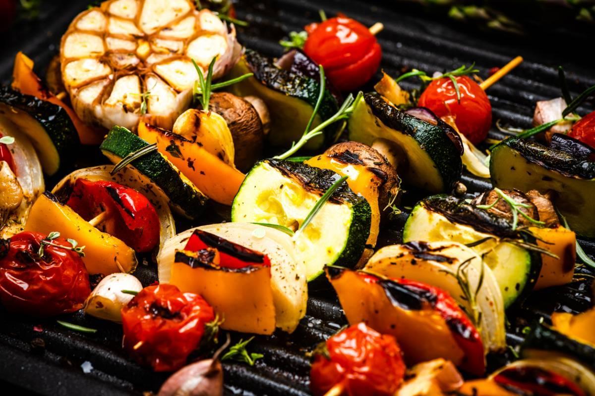 barbecue-au-charbon-ou-electrique.jpg